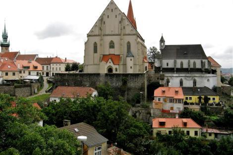 Znaim [tschech. Znojmo]: Nikolauskirche und Wenzelskirche (2008)