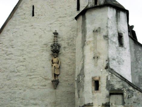 Znaim [tschech. Znojmo]: Wenzelskirche mit Wenzelsfigur (2008)